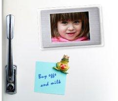 fridge-magnet-digital-photo-frame