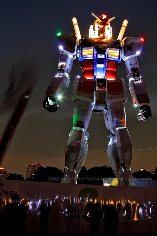 30th Anniversary Giant Gundam Statue In Japan Zath