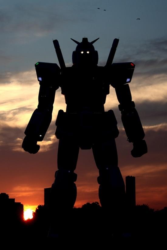 gundam-statue-13