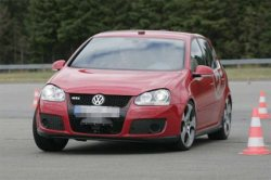 vw-golf-gti-53+1-herbie-automatic-driving-car