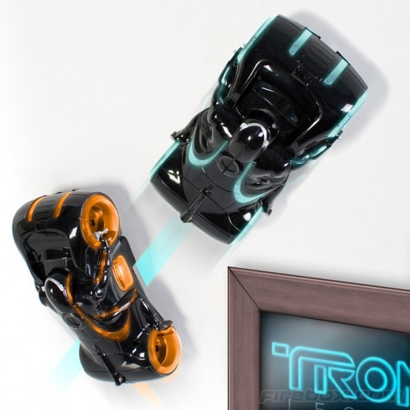 tron-zero-gravity-light-cycle