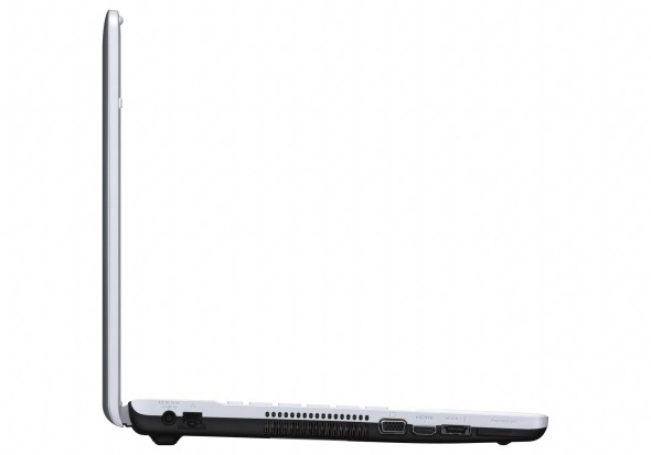 sony-vaio-e-series-17-laptop-side-view