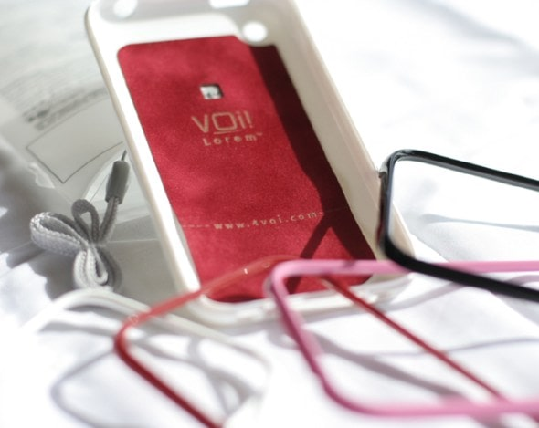 voi-lorem-iphone-case-white-before-fitting