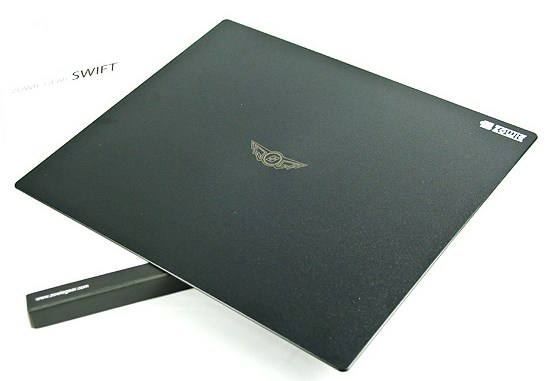 zowie-swift-black-gaming-mouse-mat