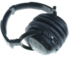 amp-d-mobile-noise-cancelling-headphones-XQS-109