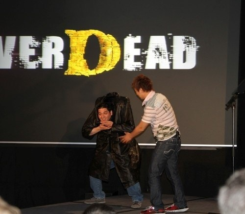 e3-2010-konami-press-event-never-dead-decapitate