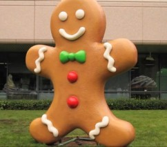 giant-gingerbread-google-android-2.3