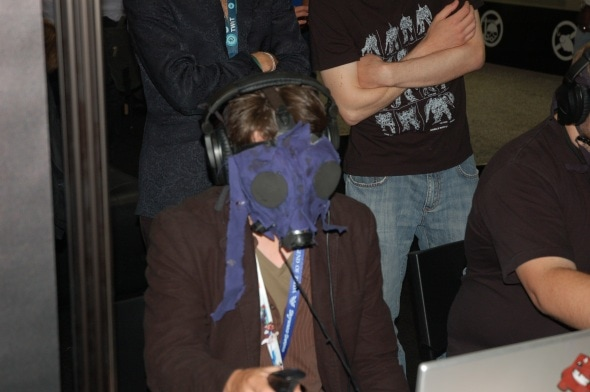 e3-2011-day-3-photo-gas-mask-gaming-technology
