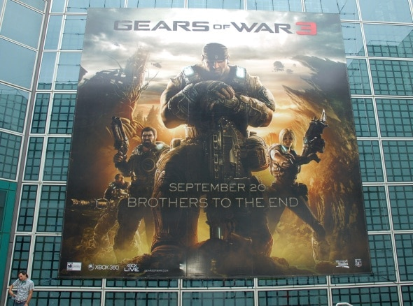 e3-2011-day-3-photo-gears-of-war-3