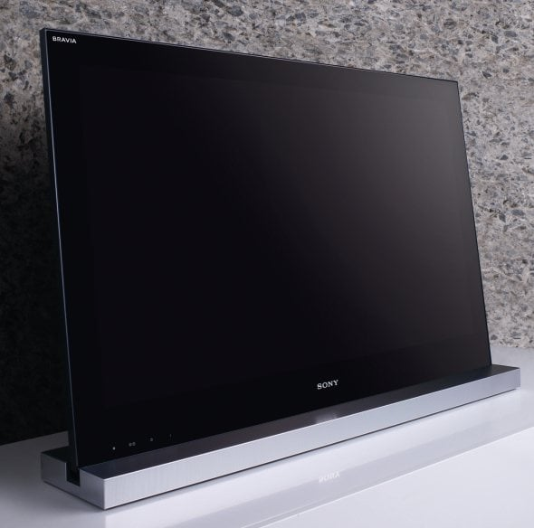sony-bravia-hd-3d-tv-2010-close-up